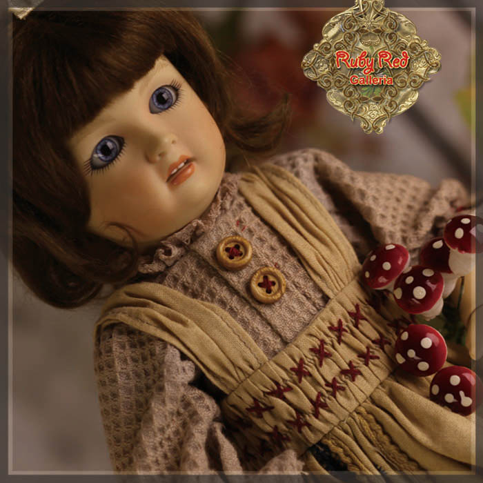 EC0051A Bleuette's Fall Picnic (with wig) - Bleuette Cloth set