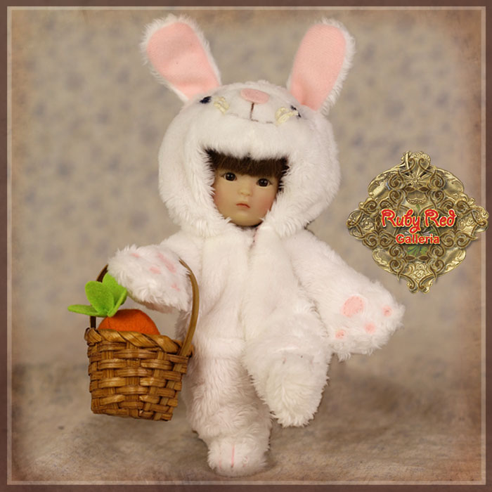 HC0032A Yu Ping Animal Costume – White Rabbit