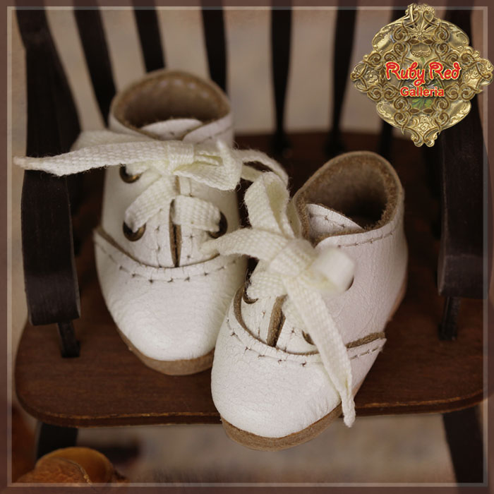 HH0026A White Real Leather Shoes