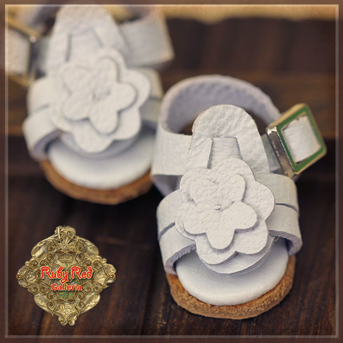HH0030A Yu Ping Leather Sandals