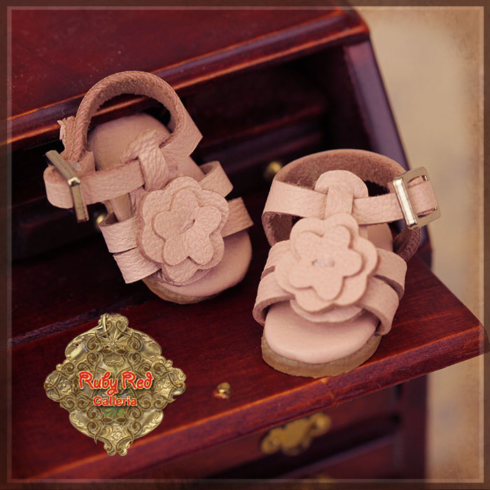 HH0045A Yu Ping Sandals